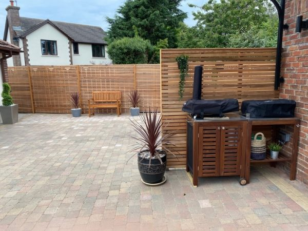 Our standard cedar panels use 44mm slats and are ideal for enhancing a modern tone