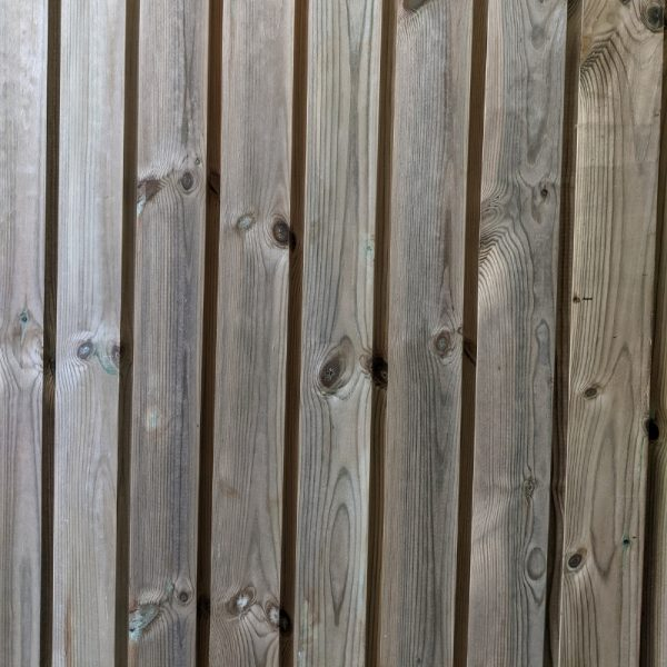 The pressure treated channel cladding has been designed so that it can be applied both vertically or horizontally.