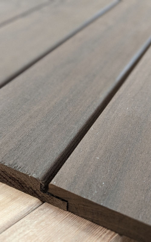 Cambia wood is the product of thermally modified Tulip wood.